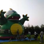 おうみ祭り2012ふわふわ遊具