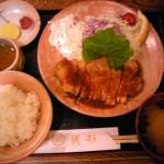 国道148号線沿い銭形の生姜焼き定食