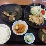 新潟県庁1階大助の日替わりランチ生姜焼きとホッケ